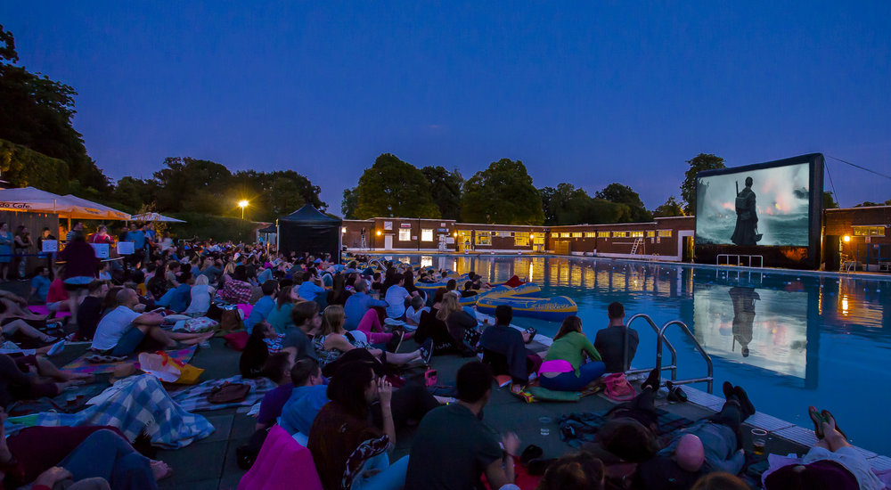 A screening of Dunkirk at Brockwell Lido