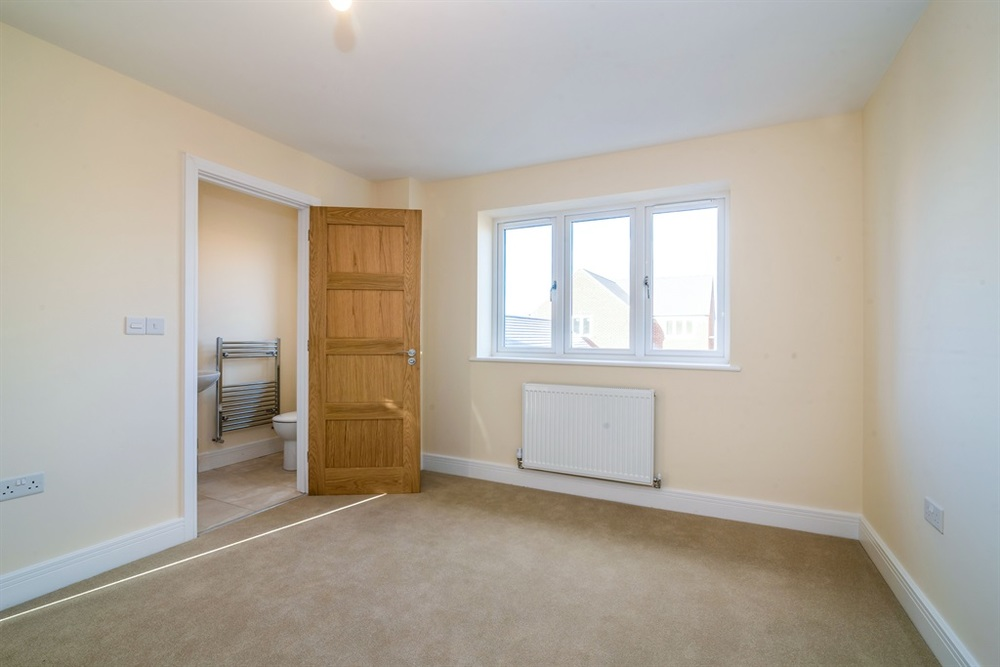 Hardingstone bedroom and en suite.jpg