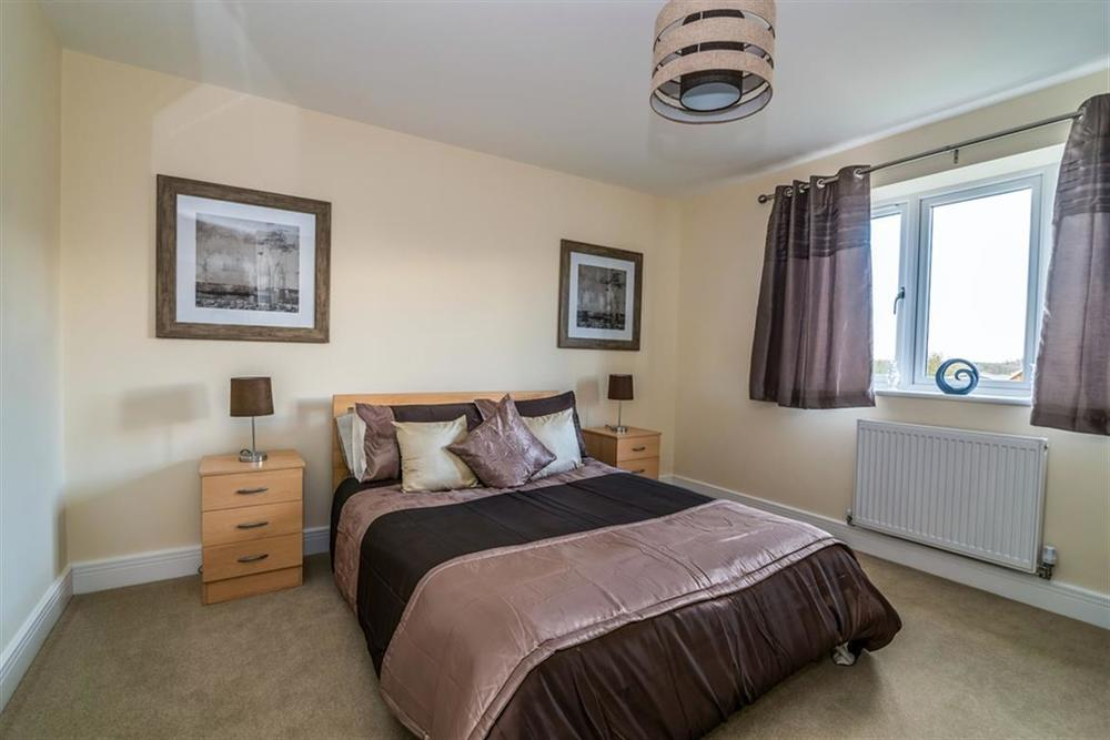 Hardingstone bedroom.jpg