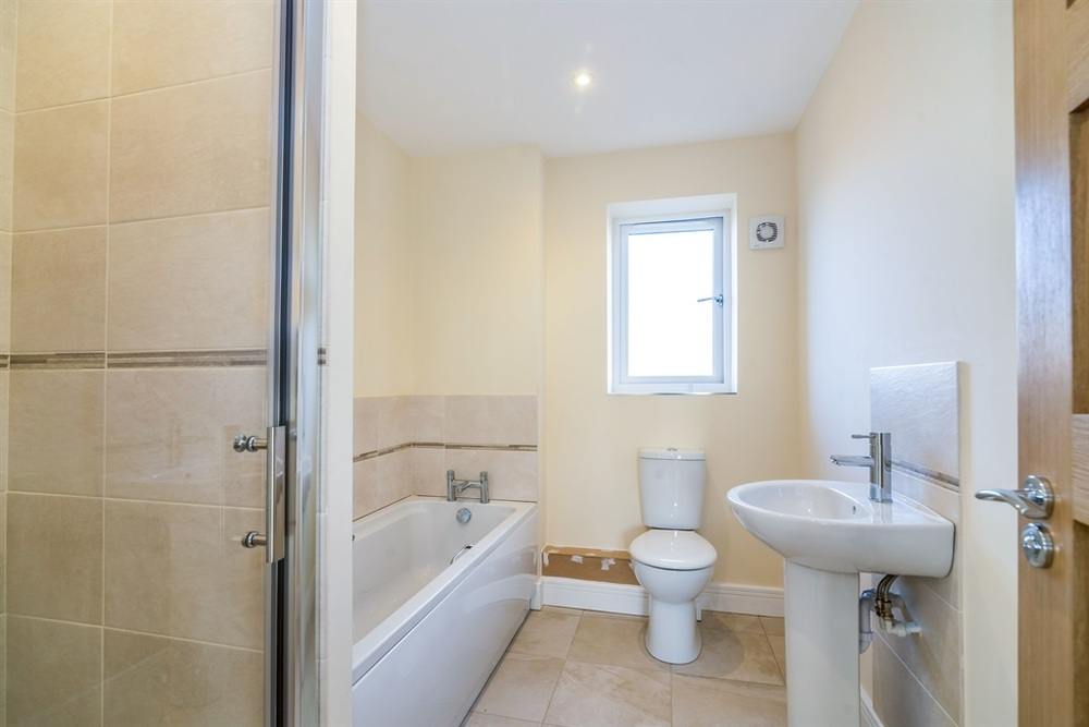 Hardingstone bathroom.jpg