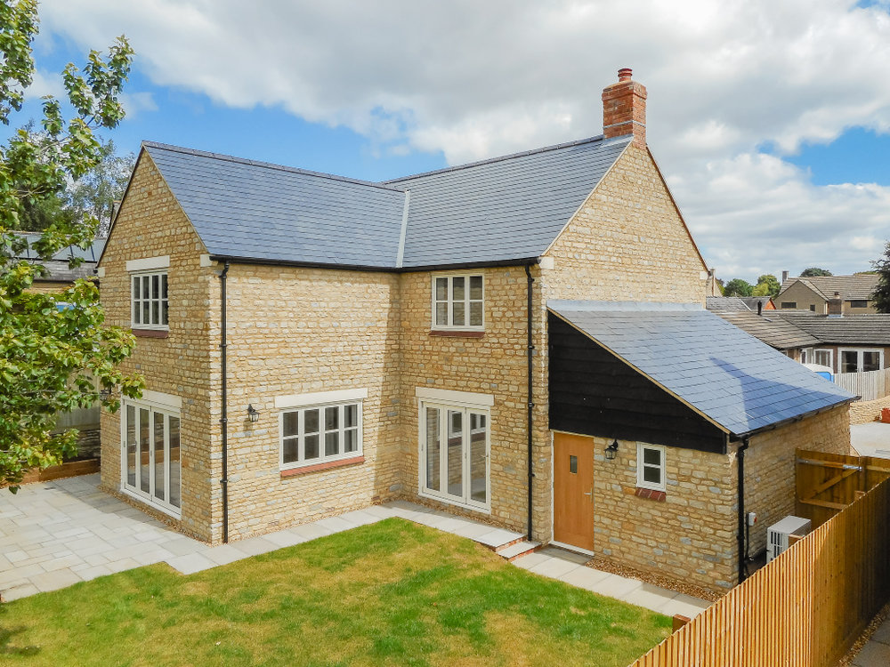 Oaktree rear elevation.jpg