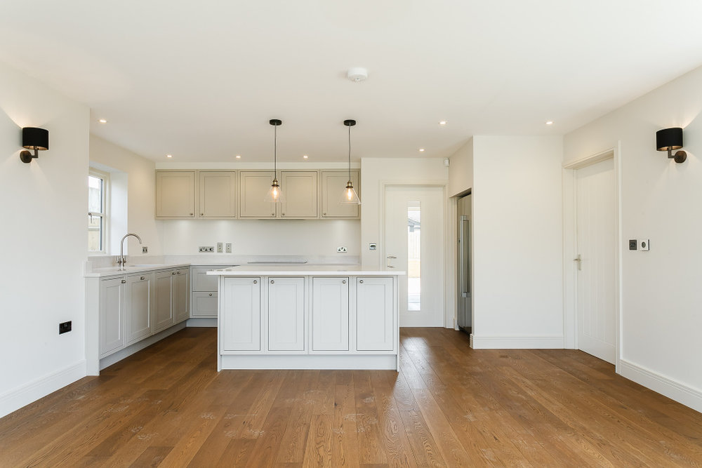 Oaktree kitchen.jpg