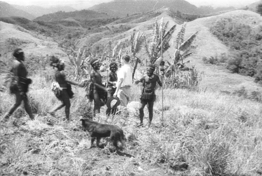 J. L. Taylor greeting men in the Wahgi valley of New Guinea, April 1933. Photo: Michael Leahy.