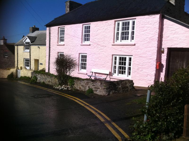 cottage4.jpg