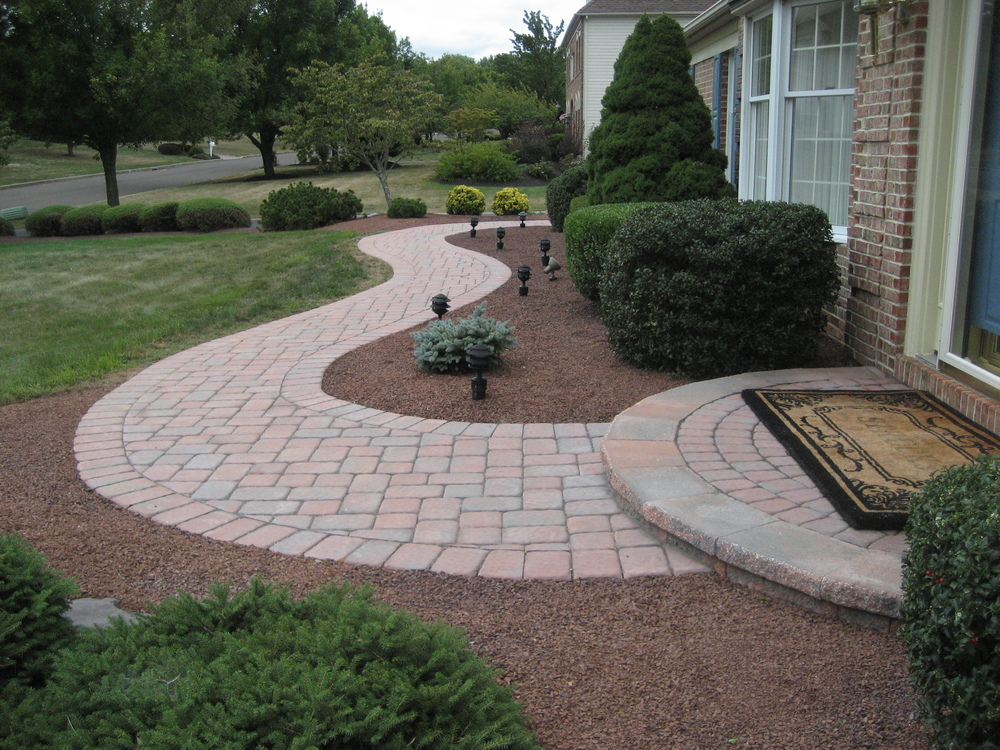 struck walkway&andy pave 004.JPG