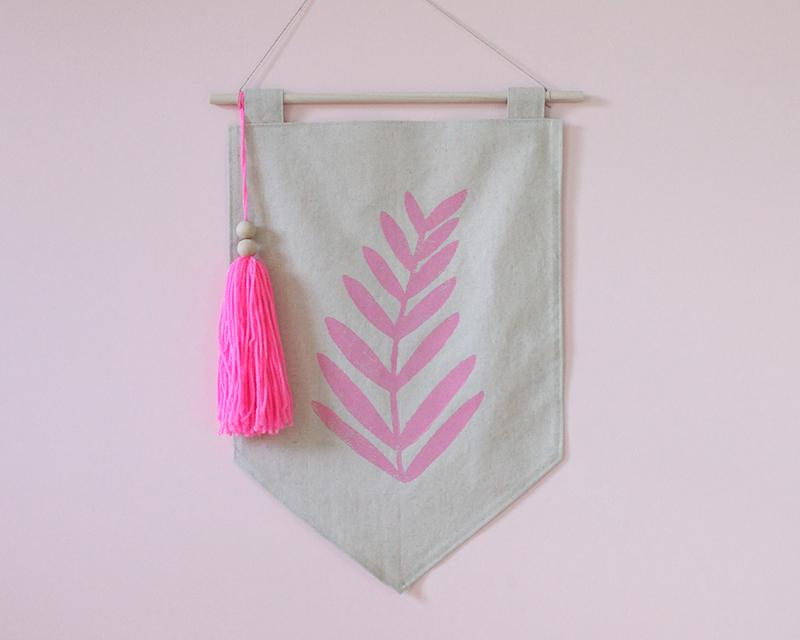 wall hangings || $25