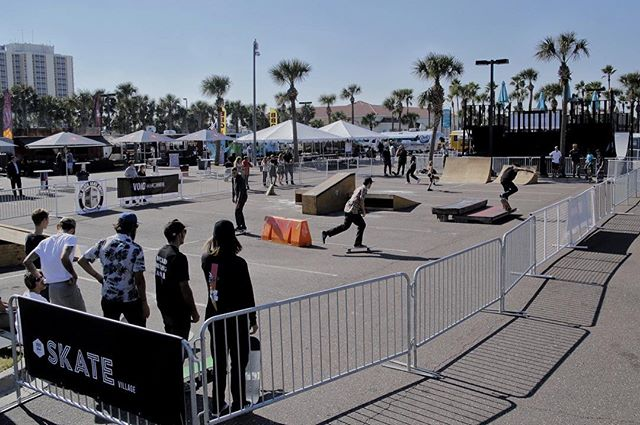 Warm ups have started on the street course. Contest starts at 1:30. Get here!  #theblockskatesupply #Voidfest 📷 @mothafizzy