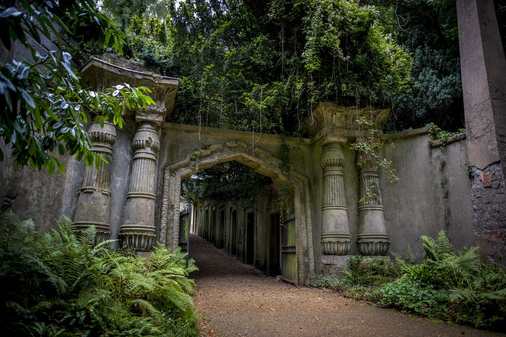 Highgate Cemetery, London-England