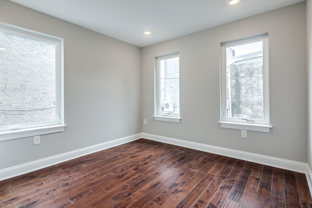 1524 Catharine St Unit A-MLS-15.jpg