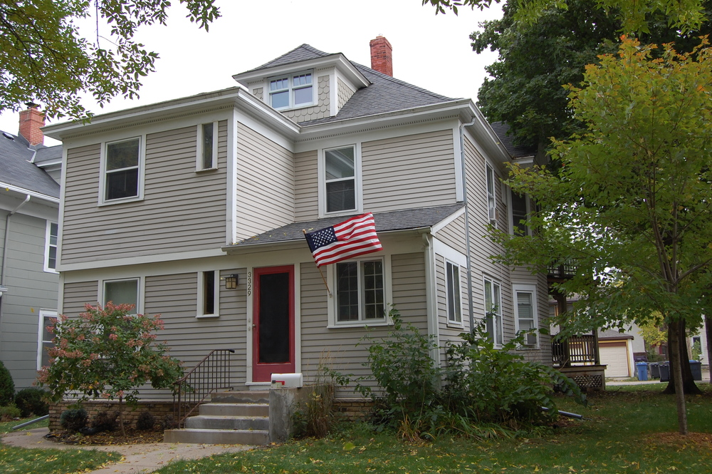 Sold 3329 Irving - $397,000 Duplex