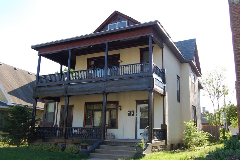 Sold 3506 Pleasant - $306,000 Duplex