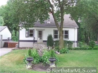 Sold - 2560 2nd St - White Bear Twp