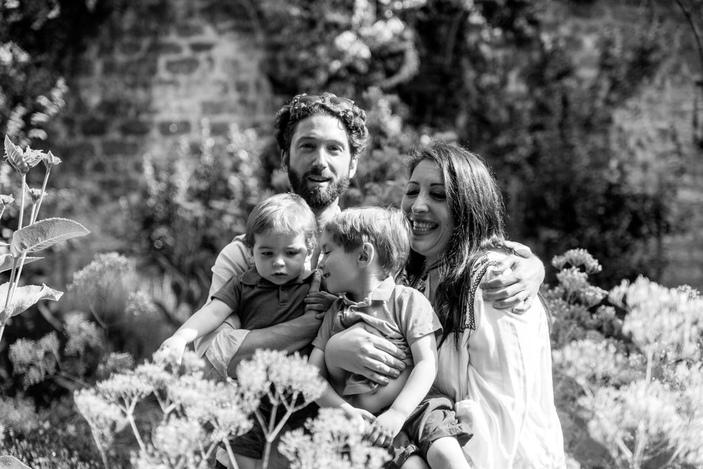 EVE-AURELIE & FAMILY