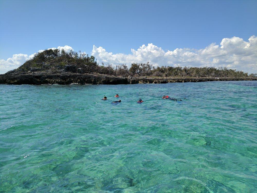 Rat Cay Snorkel (Oceanic Blue Hole)