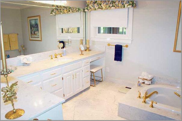 New Custom Home Design - Bathrooms 9