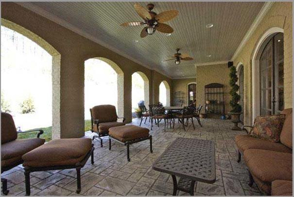 New Custom Home Design - Outdoor Rooms 4