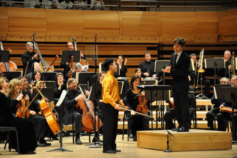 Maison symphonique de Montréal | Orchestre Métropolitain  Bizet/Waxman, Carmen Fantasy  (Kerson Leong, soloist)  © Philippe Jasmin - April 2013