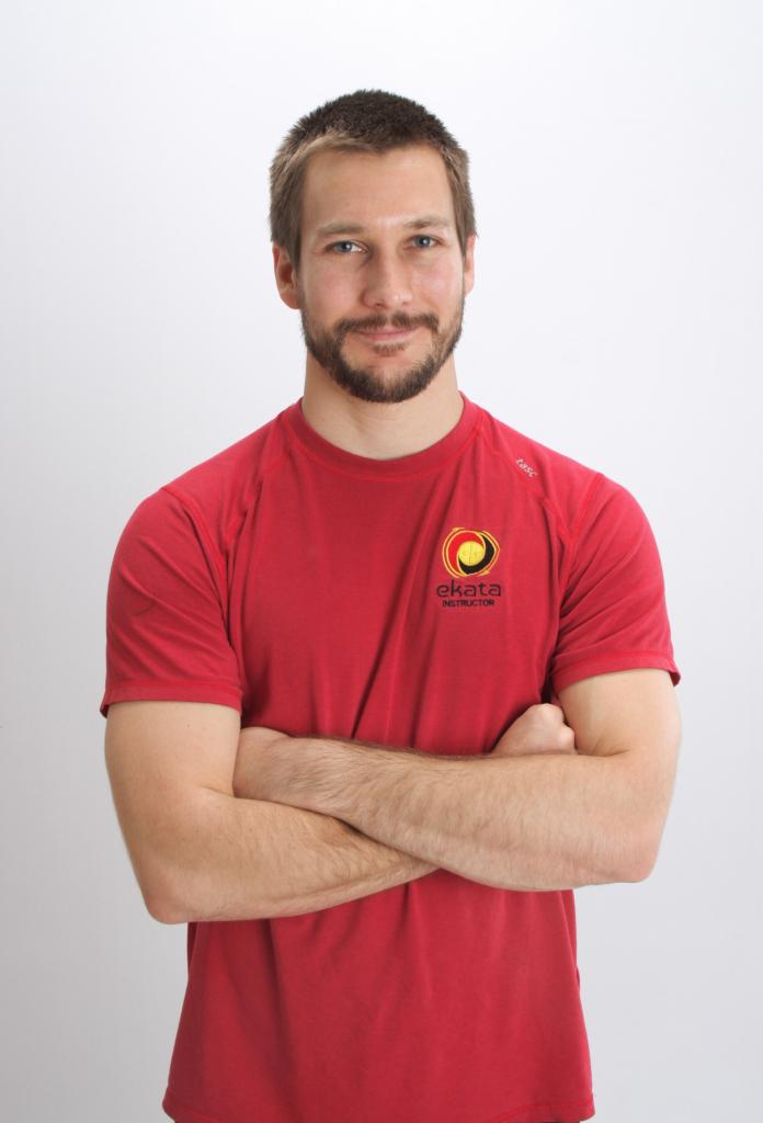 Derek Velia