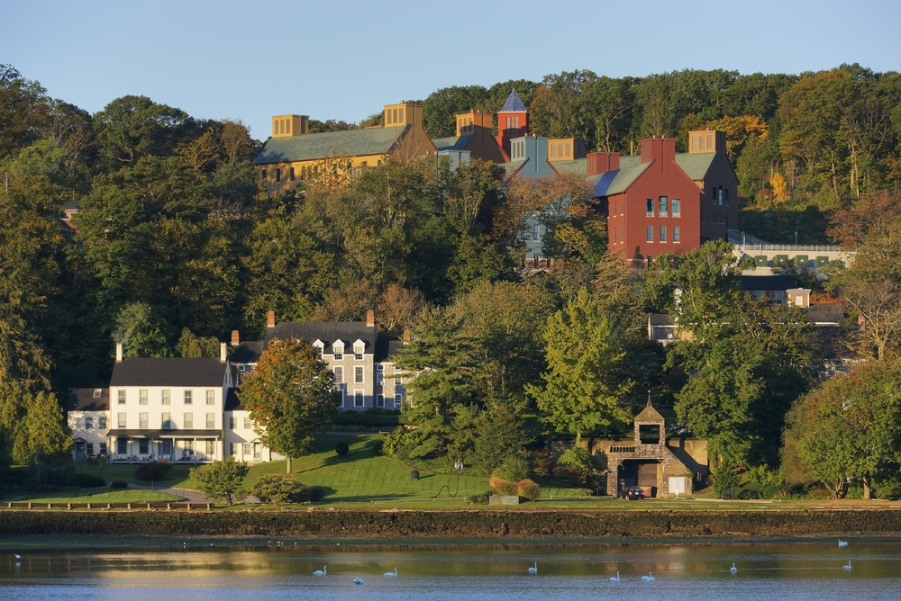 COLD SPRING HARBOR LABORATORY - HILLSIDE CAMPUS