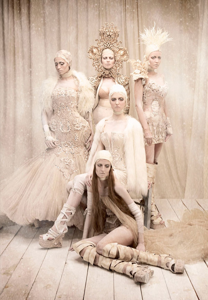 Furne One, Dubai Fashion, Couture, Costume Design