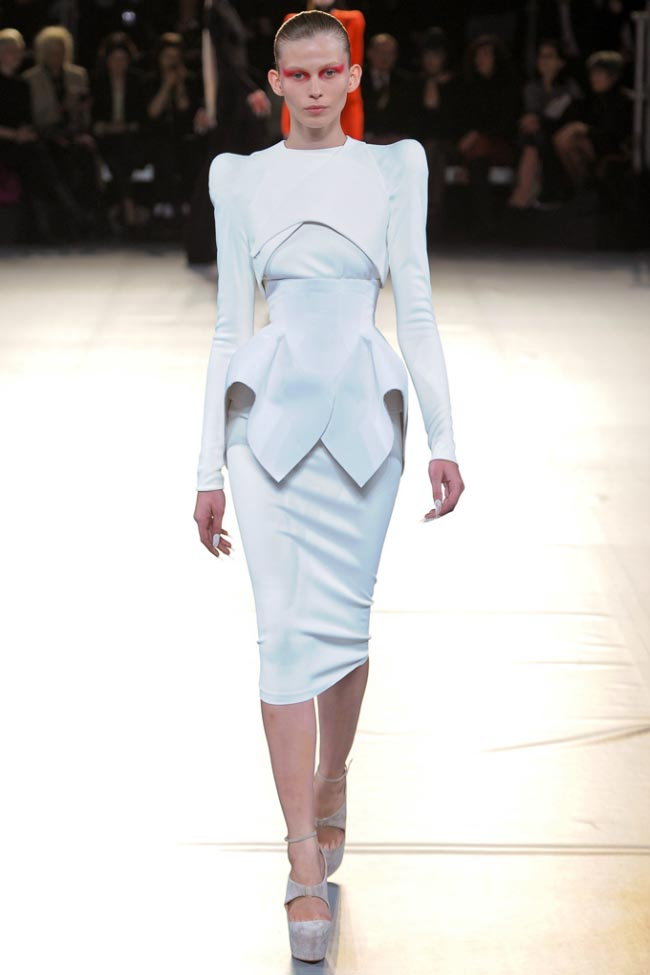 Mugler Fall 2012 14.jpg