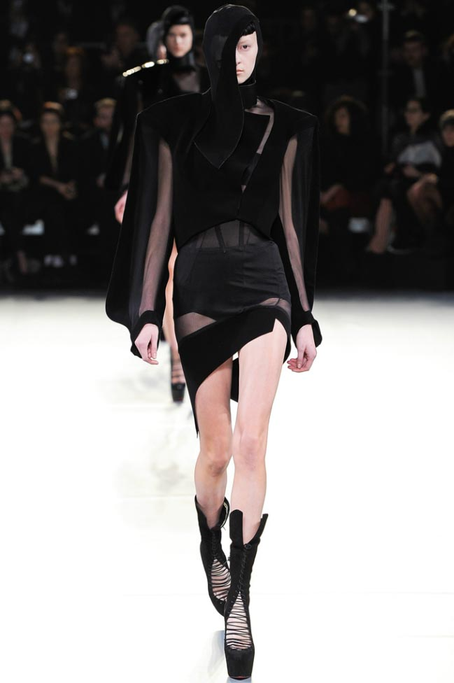 Mugler Fall 2012 20.jpg