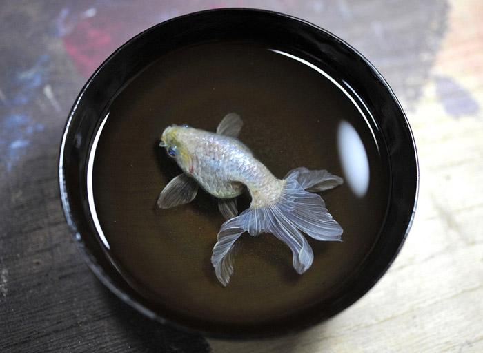 Riusuke Fukahori, Resin Layered Painting, Fish Painting, GoldFish