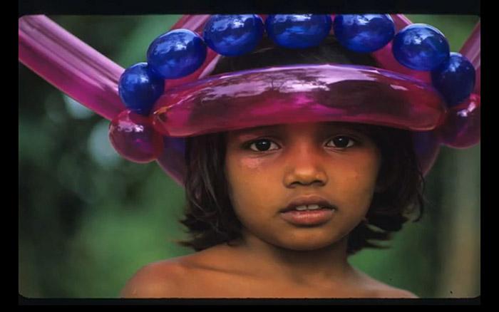 Balloon Animals, Balloon Hats, Social Experiment, Universality