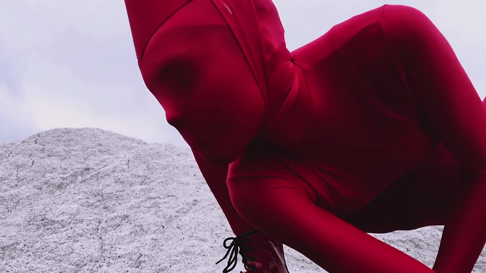 Gareth Pugh, Ruth Hogben, SHOWSTUDIO, A beautiful darkness, fashion film