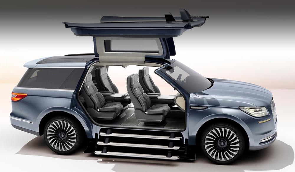 Lincoln Navigator Concept, gullwing doors