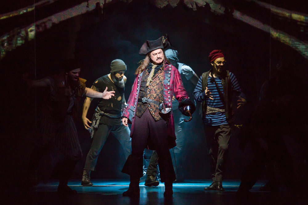 Tom Hewitt as Captain Hook and Cast in Finding Neverland  Credit Jeremy Daniel _IMG_4017.jpg