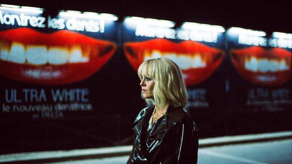 10- Kalpteki Bıçak- Un Couteau Dans le Coeur - Heart+Knife (2018)️ - Yönetmen: Yann Gonzalezİmgesel anlatımı güçlü ancak kavramsal olarak sıkıştığı alan dar... Queer sinemasının içinden bir miktar Yeni Fransız Aşırılığına, çokça İtalyan Gialloları'na selam gönderiyor.