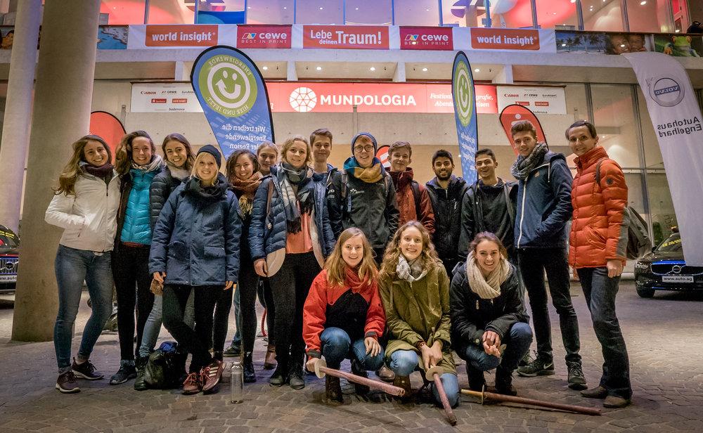 Die Young Explorers auf der Mundologia