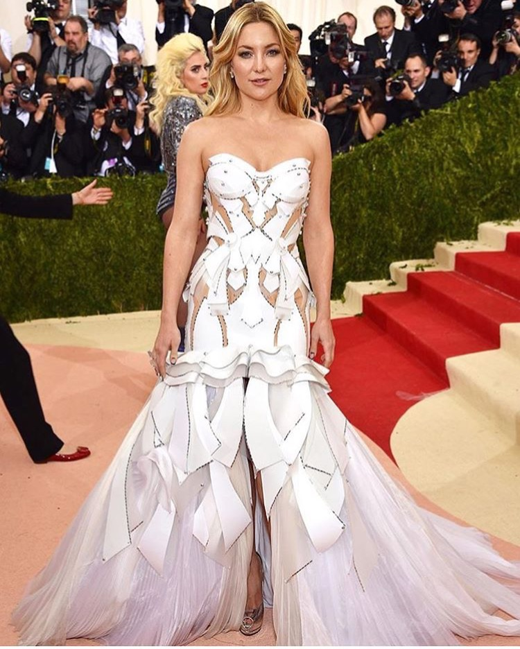 e31227ac0a My 2nd best dressed goes to Claire Danes. She totally had her Cinderella  moment tonight! The Homeland actress turned heads in a pale blue princess  gown by ...