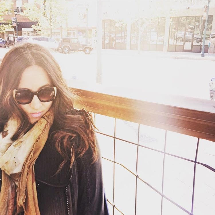 Loving the cooler mountain air. Jacket by BCBG MAXAZRIA. Scarf by Max Mara. Sunnies by Elizabeth and James.