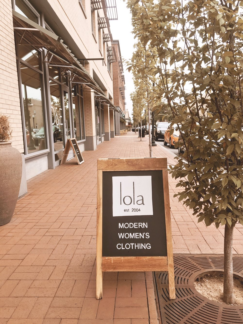 lola (omg fashionistas, go here)