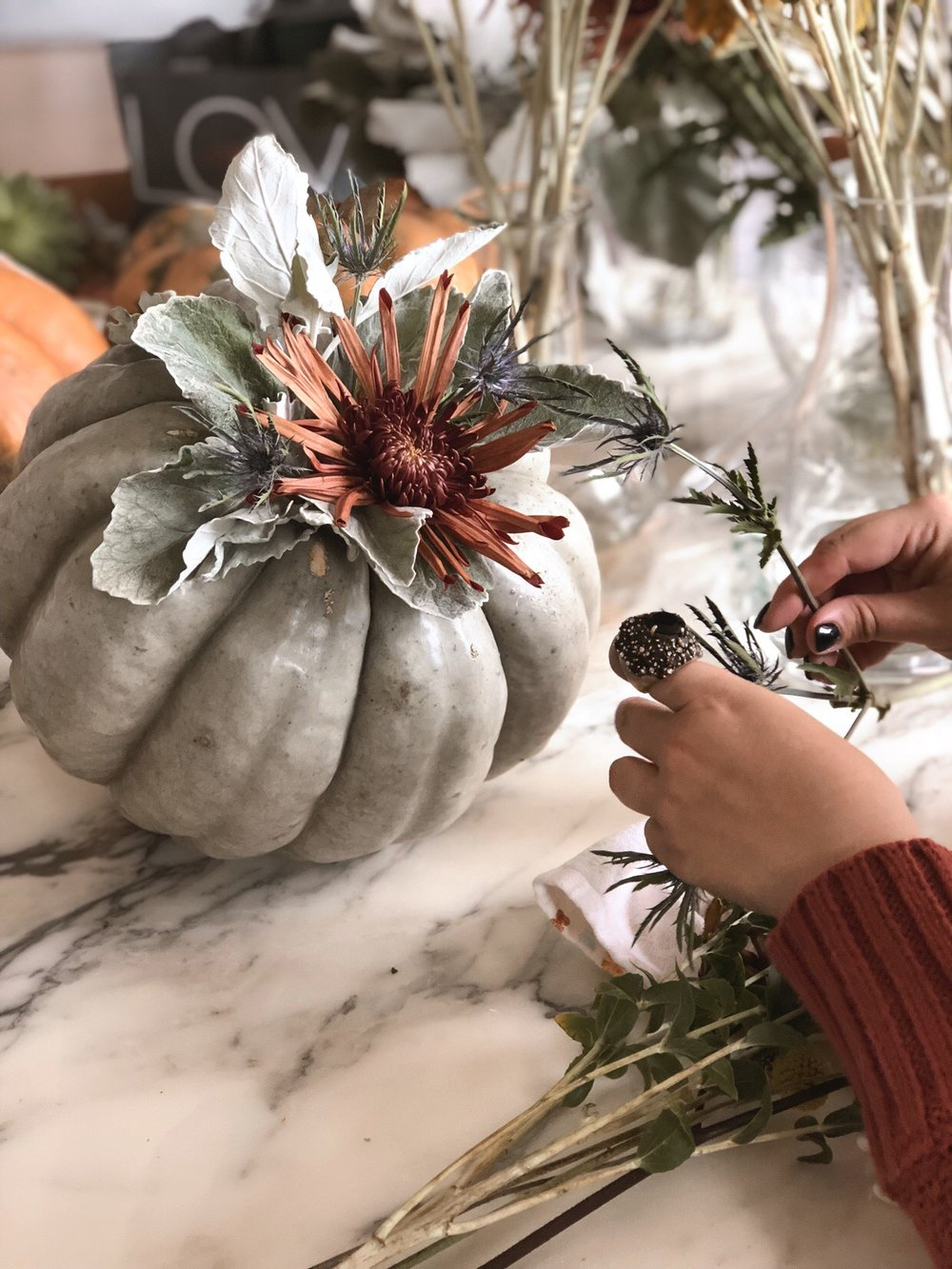 DIY pumpkin Centerpiece 21.JPG