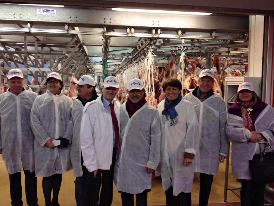 En présence de Jean-Michel Fourgous, Claudine Schmid, Gilles Lurton, Claude Greff, Olivier Dassault et Jean-François Mancel