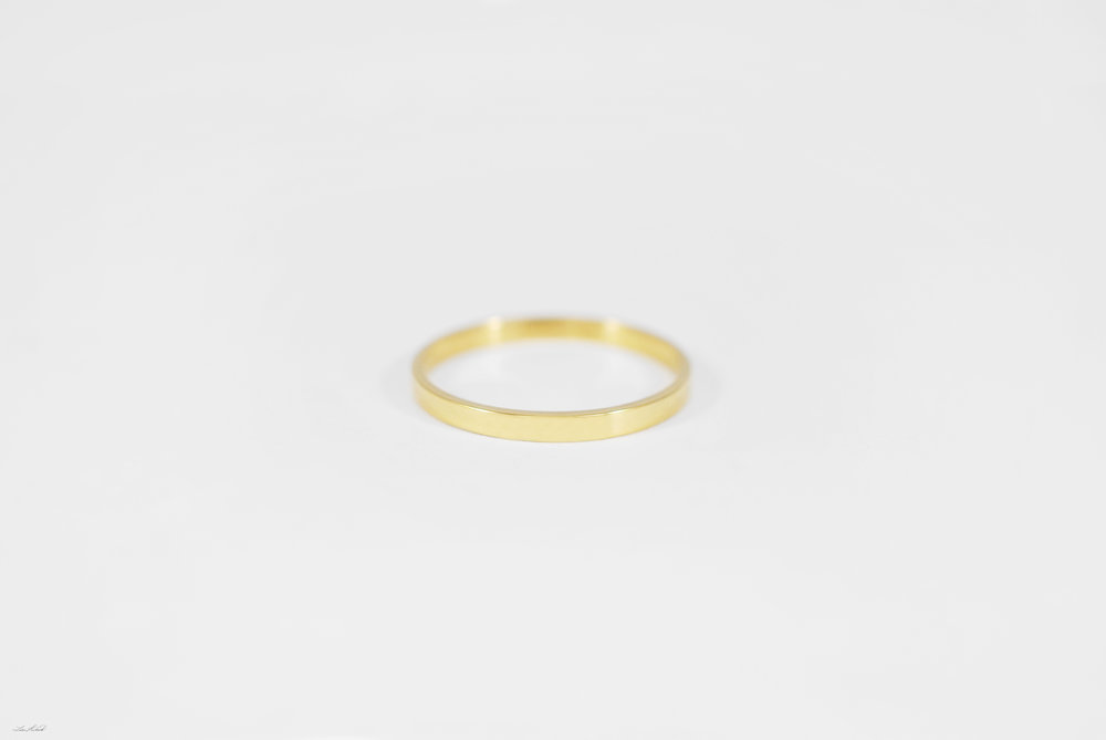 gold rect. ring.jpg