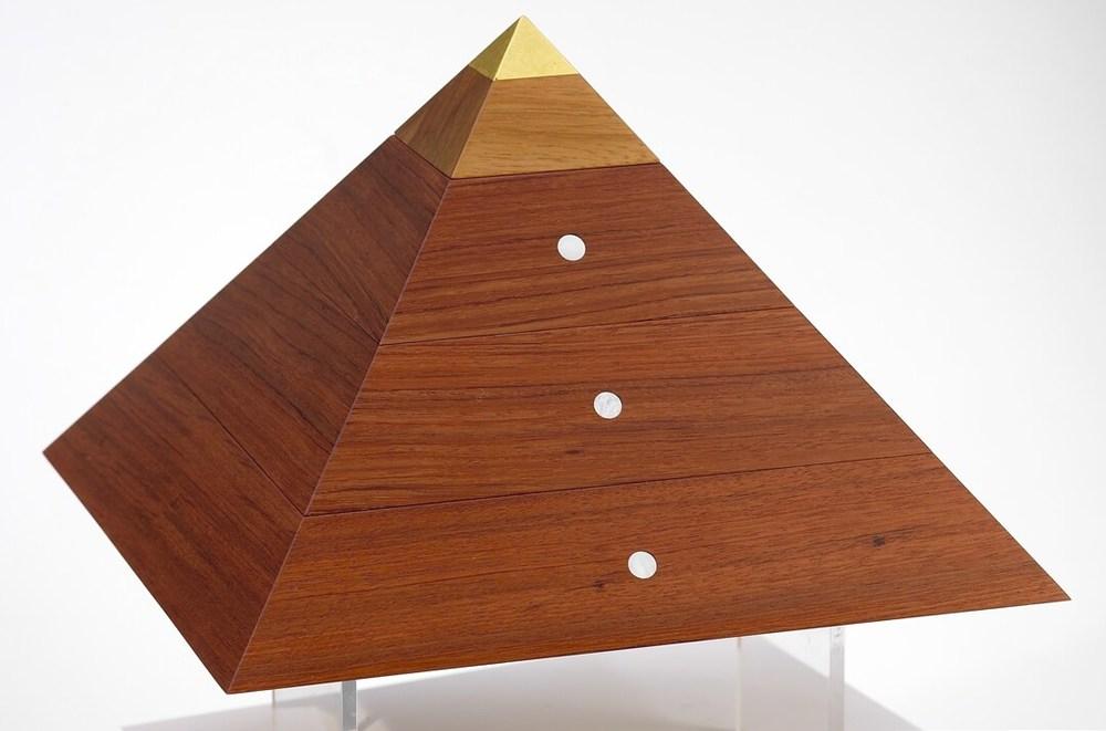 pyramid-014.jpg