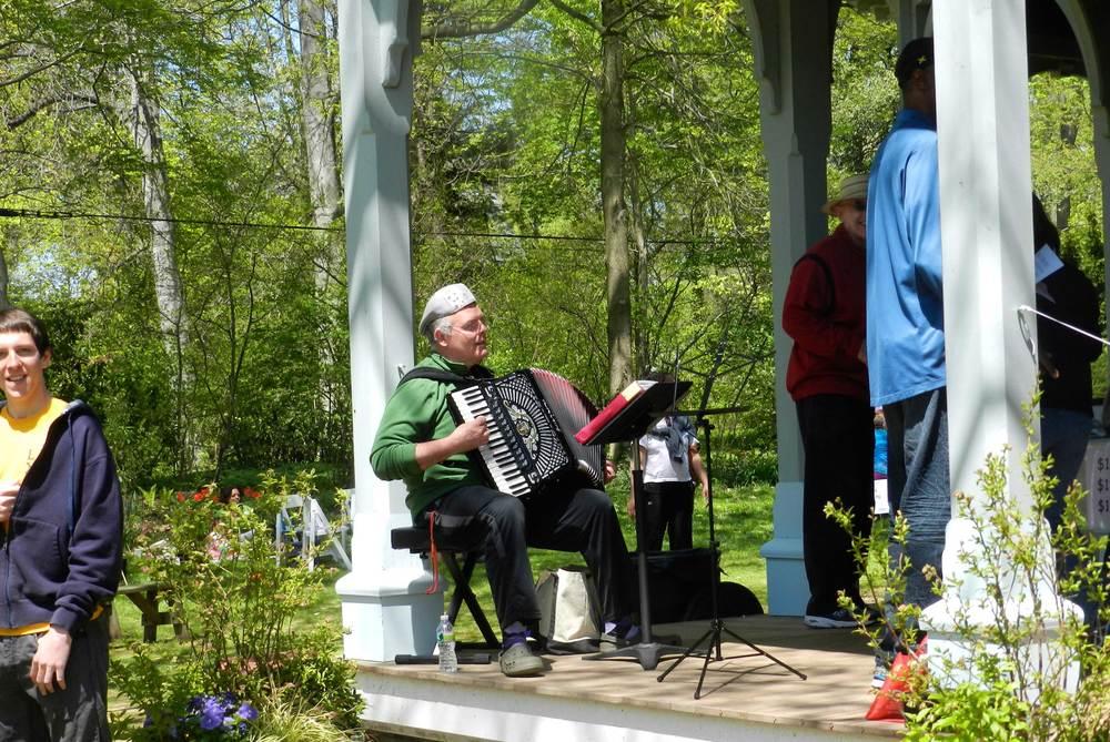 Awbury-Arboretum-Garden-concert.jpg