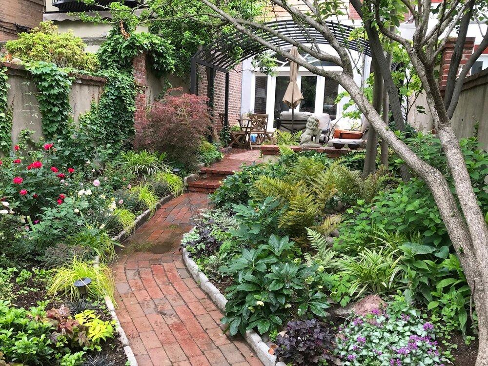 Bella Vista Courtyard North