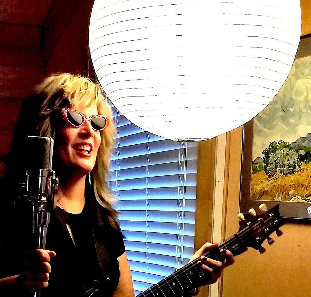 Julieann Banks Hi Rez glasses.jpg