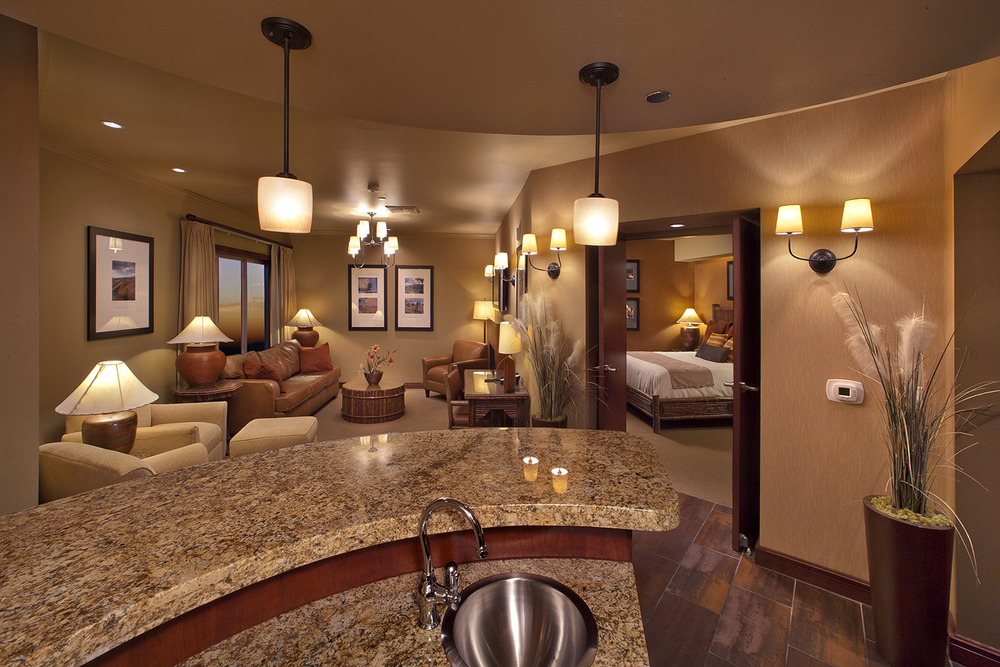 Feather Falls Hotel-Pres Suite.jpg