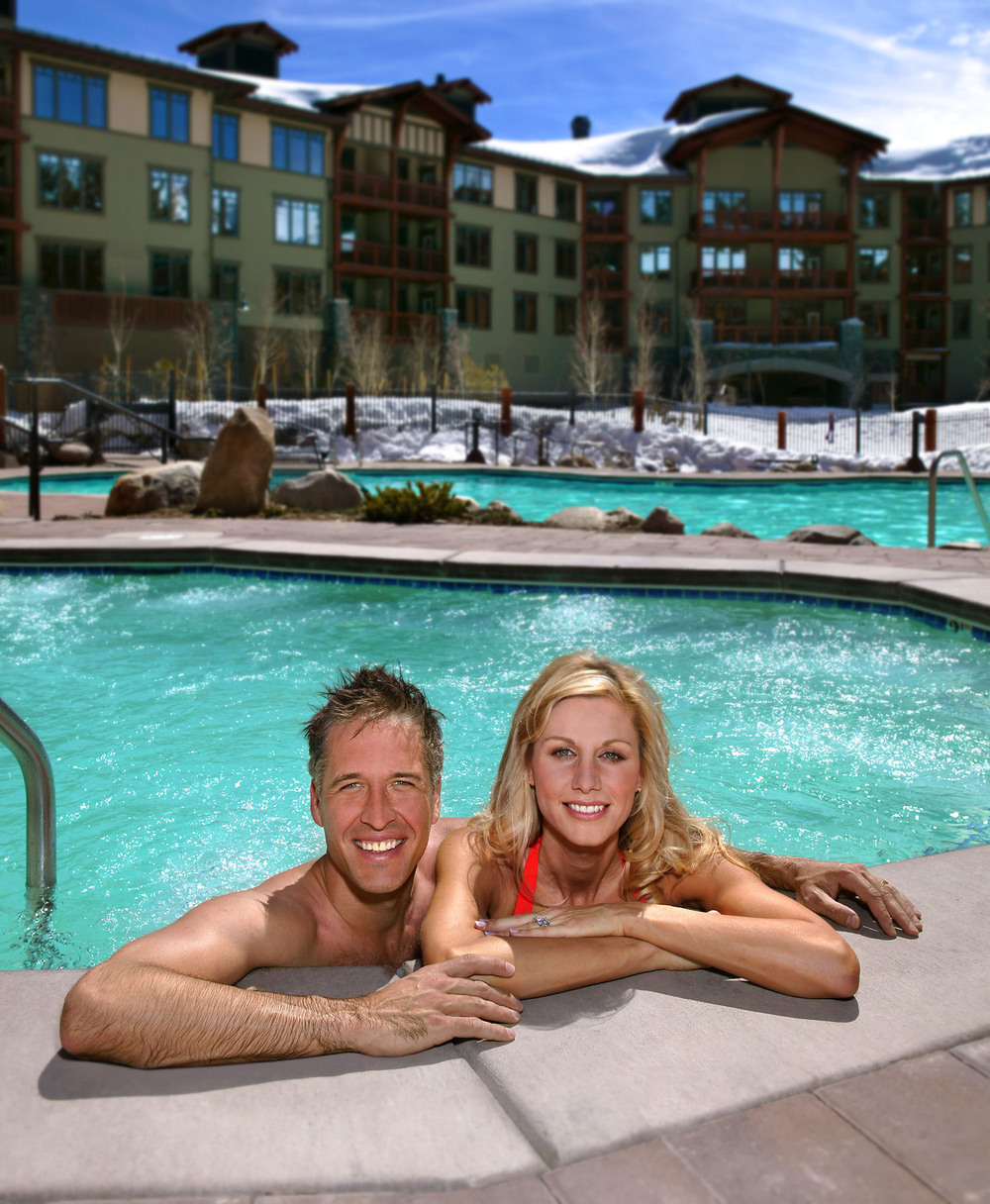 Couple in Spa-308 RGB.jpg
