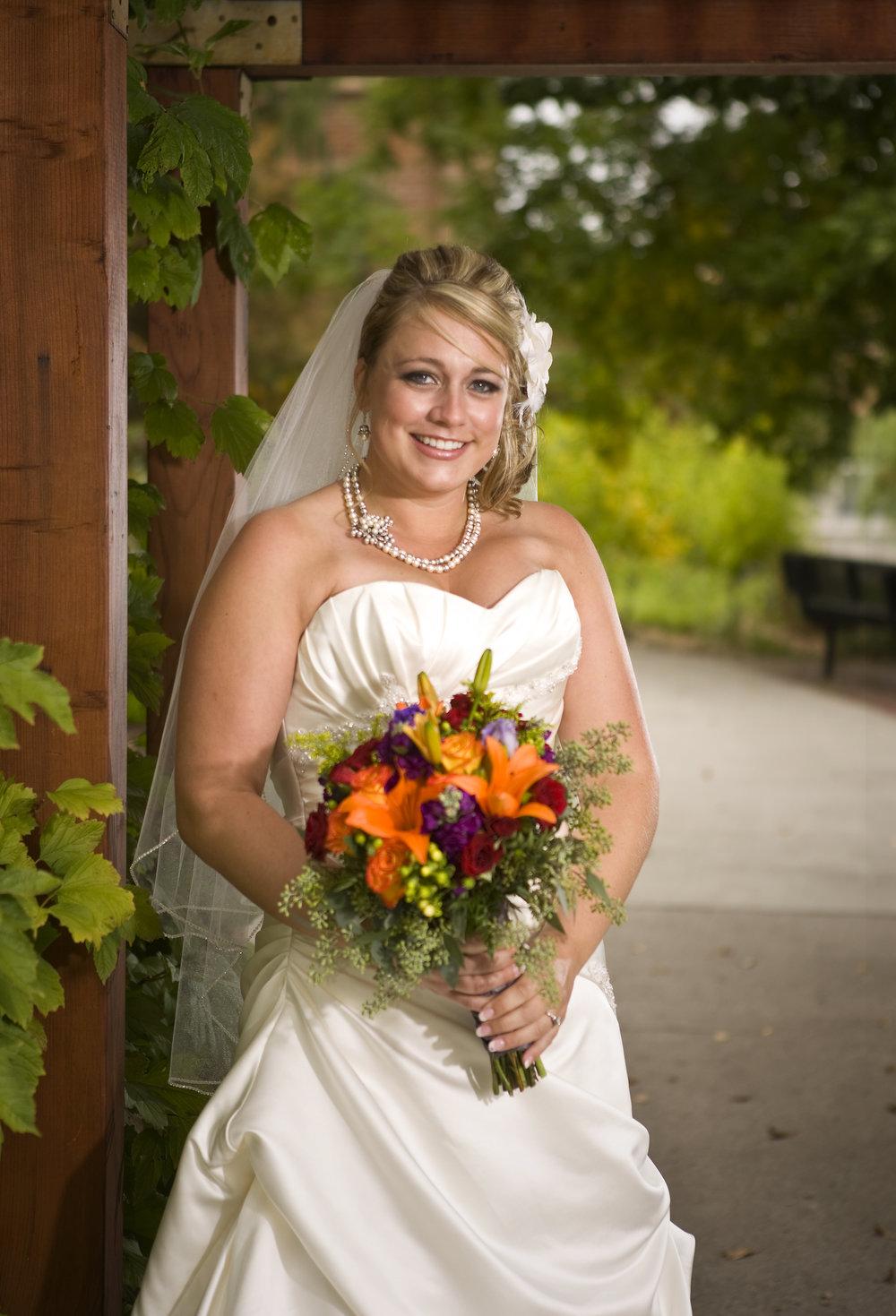 Bride & Bridesmaids25.jpg