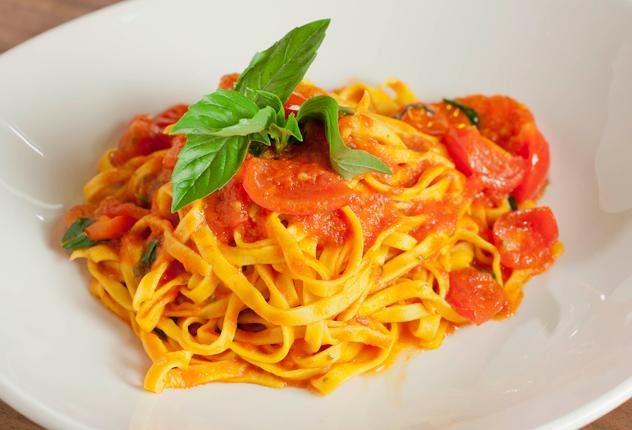 ZIO_gallery_dinner_tagliolini.jpg