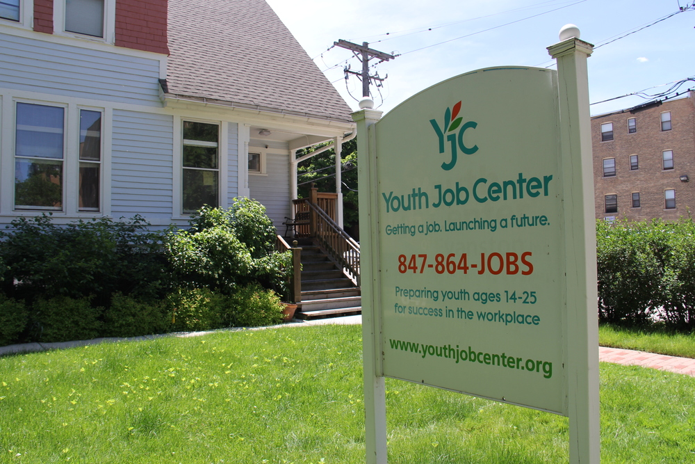Your career path begins here.   Youth Job Center    LEARN MORE