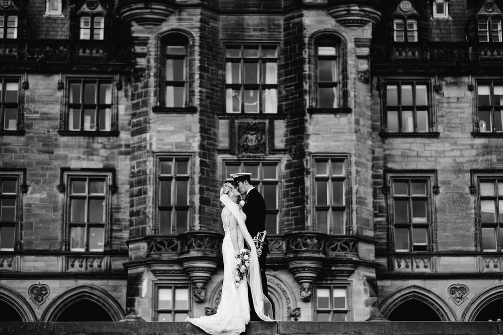 Edinburgh Wedding Photographer_Euan Robertson Photography_007.jpg