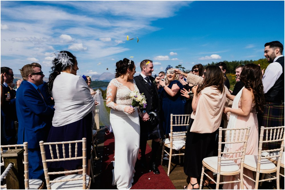 Scottish Summer Lochside Wedding_Boturich Castle_Euan Robertson Photography_013_WEB.jpg